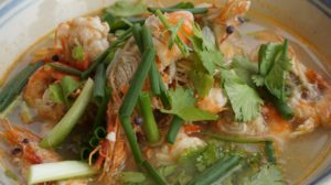 Asian Soups: Thai Tom Yum vs. Tom Kha